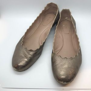 Very Used Chloe gold scallop flats size 40